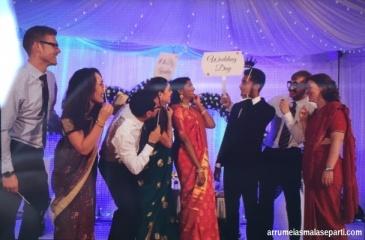 Hora da foto com os noivos