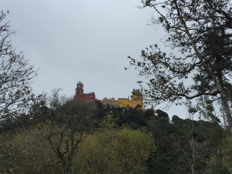 De cima do Castelo, vista para o Palácio da Pena